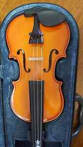 1/4 SIZE VIOLIN Kalamunda Kalamunda Area Preview