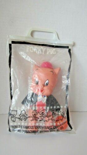 Vintage 1968 Warner Brothers Looney Tunes Porky Pig R Dakin Plastic Figure & Bag