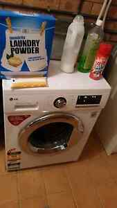 Large family LG front loader washing machine Golden Beach Caloundra Area Preview
