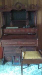 Organ - antique - free to someone who would love it