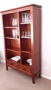 Display cabinet Thornton Maitland Area Preview