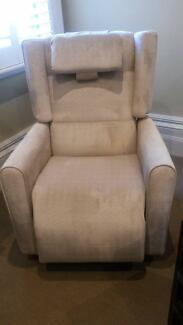 Niagara Apollo Lift Rolla Recline (LRR) Therapy Electric Chair