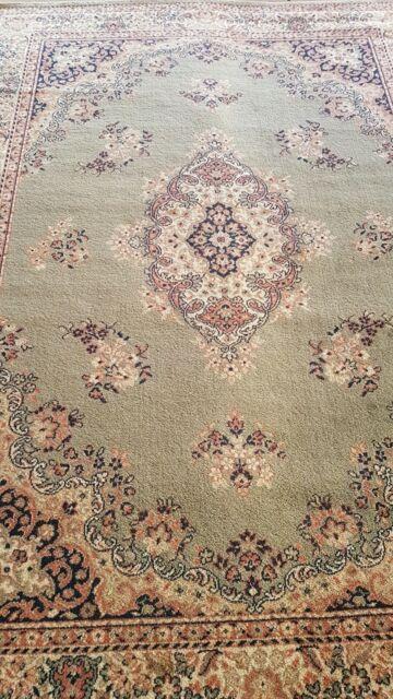 Beautiful Floor Style Rug Gumtree