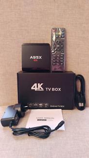 Kodi box - Android 7 - Smart box - wifi - Plug & Play - Brand new