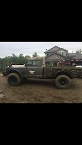 Jeep M715 Kaiser complete