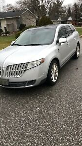 2010 Lincoln MKT SUV with safety low kilometres No accident