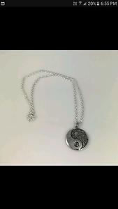 Yin yang pendant Leeton Leeton Area Preview