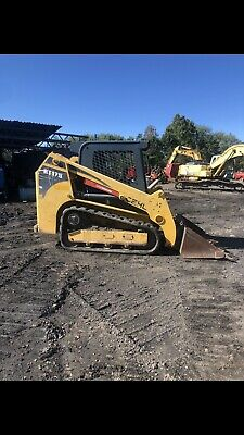 2012 Gehl Rt175 Skid Steer Low Hours New Tracks