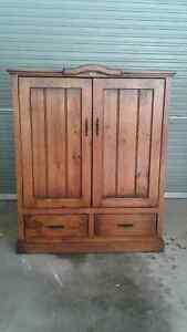 Honestead Wooden TV Cabinet Mirboo North South Gippsland Preview