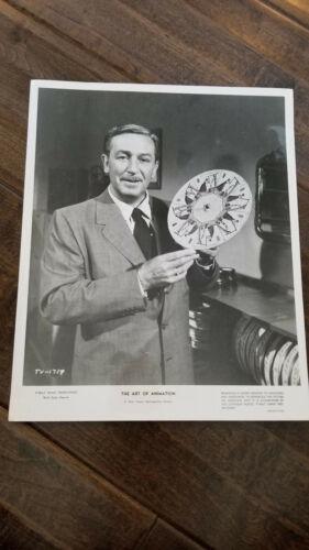 1959 PUBLICITY PHOTO THE ART OF ANIMATION EXHIBIT SHOWS WALT DISNEY THAUMATROPE