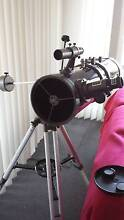 TELESCOPE - Short Tube newtonian equatorial Reflector Telescope. Engadine Sutherland Area Preview