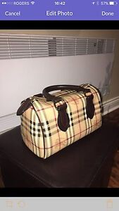 Burberry Classic Hand Bag like new