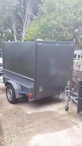 Enclosed box trailer with bike racks Macquarie Belconnen Area Preview