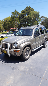 2004 kj 4x4 + parts car Wollongong Wollongong Area Preview