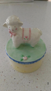 Small trinket box Lindfield Ku-ring-gai Area Preview