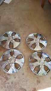 "15"" chrome wheel covers Gray Palmerston Area Preview"