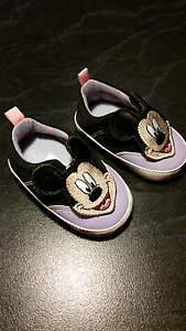 Size 3 mickey shoes Hillside Melton Area Preview
