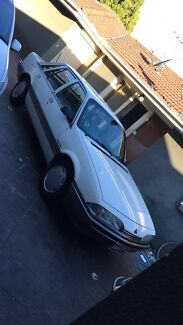 PRICE THIS WEEK ONLY!! HOLDEN VL COMMODORE 1986