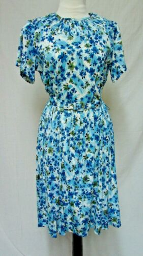 1950s 60s VINTAGE FLORAL PRINT JERSEY FIT & FLARE TRAVEL DRESS
