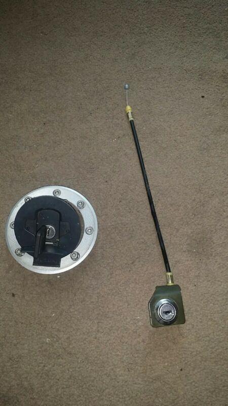 Suzuki Gs500 F Tank Cap And Seat Lock 1 Key