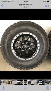 18 inch fuel trophy rims and 35 inch BFG KO2 tires all terrain