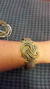 Detailed hanmade twisted wire brass and copper bangle Highland Park Gold Coast City Preview