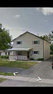 4 bedroom minutes from SLC and McArthur