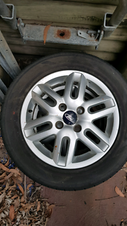 2x Silver 15 inch Ford Focus Rims and Tyres