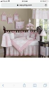 Crib bedding set, Sweet Jojo Pink Toile. Perfect for baby girl.