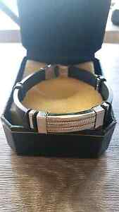 *GREAT FATHERS DAY GIFT IDEA UP-TO 50% OFF* LEATHER BAND BRACELET Coburg Moreland Area Preview
