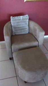 Tub lounge chair with foot rest x2 Highfields Toowoomba Surrounds Preview