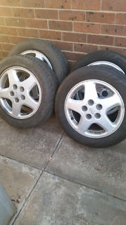 R33 skyline rims with tyres
