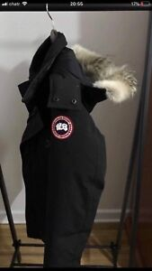 Canada Goose Banff parka small (barely used)