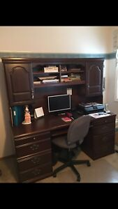 Executive style Solid wood Computer desk