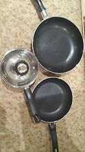 2 pans and a small pot Rosemeadow Campbelltown Area Preview
