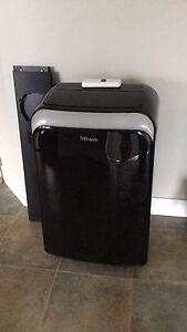 Air conditioner Danby Premier 11000 BTU.
