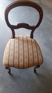 Antique cedar balloon back dining chairs x 4 Bridgewater Brighton Area Preview