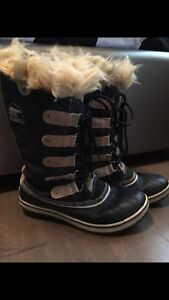 Sorel winter boots size 8,5