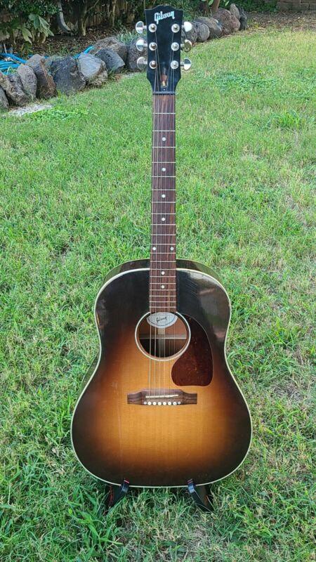 Gibson J45 Standard w/ HSC!