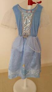 Disney Cinderella Girls Costume Size 3-5 Ormeau Gold Coast North Preview
