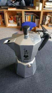 Bialetti 6 cup moka express stove top espresso maker