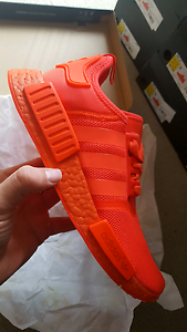 Adidas NMD R1, Triple Red, 6, 7.5, 8.5, 9, 9.5 or 10US, DS South Melbourne Port Phillip Preview