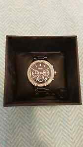 DKNY ceramic watch near new condition Oakdowns Clarence Area Preview