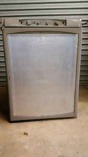 Dometic caravan fridge freezer 90L