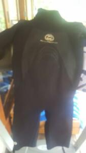 Billabong womens wetsuit small Mooloolah Valley Caloundra Area Preview
