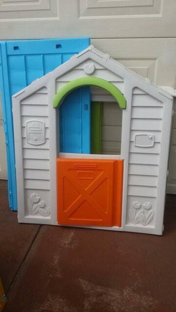 Cubby Hoouse With Barn Door Shop Window Toys Outdoor