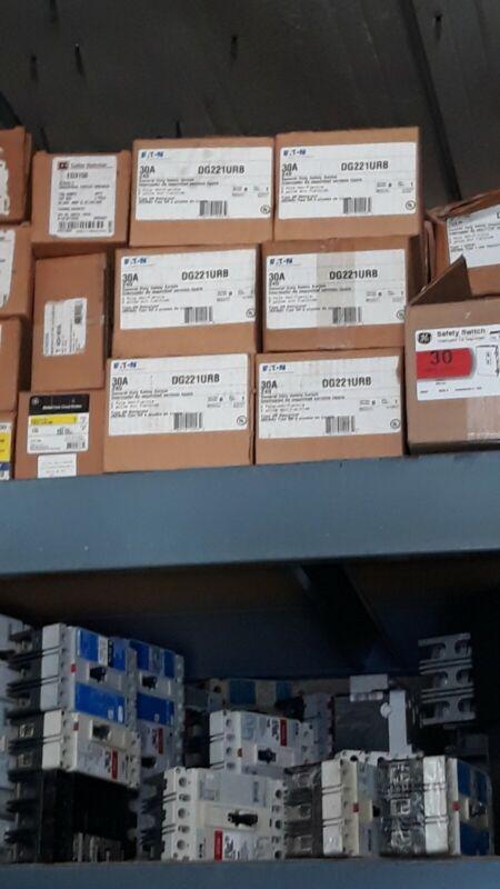 1 NEW EATON  DISCONNECT SWITCH DG221URB 30 AMP 240 VOLT  2 POLE NEMA 3R NON FUSE