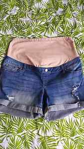 Jeans West Demin Maternity Shorts Size 12 West Footscray Maribyrnong Area Preview