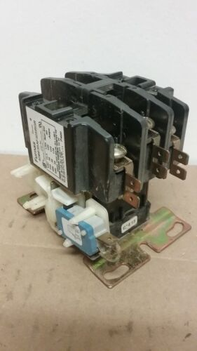 FURNAS Definite Purpose 3-Pole Contactor With Aux Contact 42BE35AF325RGR J293