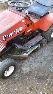 Greenfield 13-32 Ride On Mower Rochester Campaspe Area Preview
